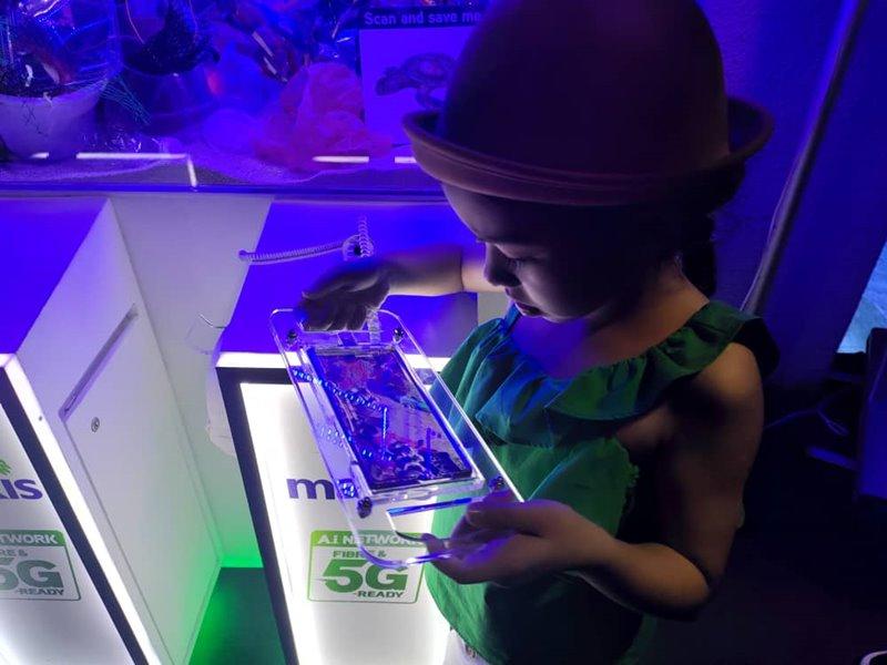 aquARiaKLCC推出AR海洋設施!讓小孩輕鬆學會保育海洋 - hmitalk.com